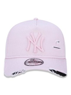 Boné New Era 9Forty MLB New York Yankees Rosa MBI19BON110 - comprar online
