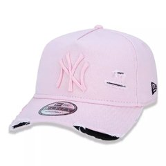 Boné New Era 9Forty MLB New York Yankees Rosa MBI19BON110 na internet
