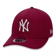 Boné New Era 9Fifty MLB New York Yankees Vermelho MBI19BON119 na internet