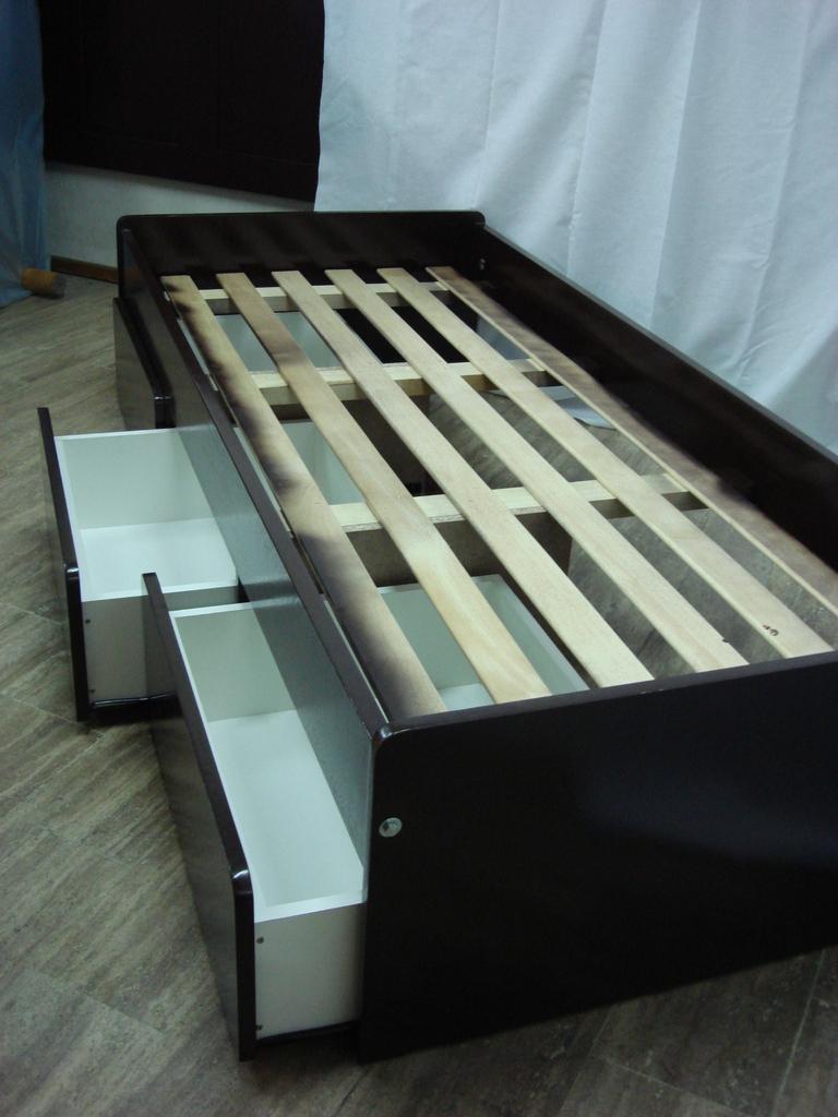 Div n cama con cajones comprar en viviendo a gusto - Camas compactas con cajones ...