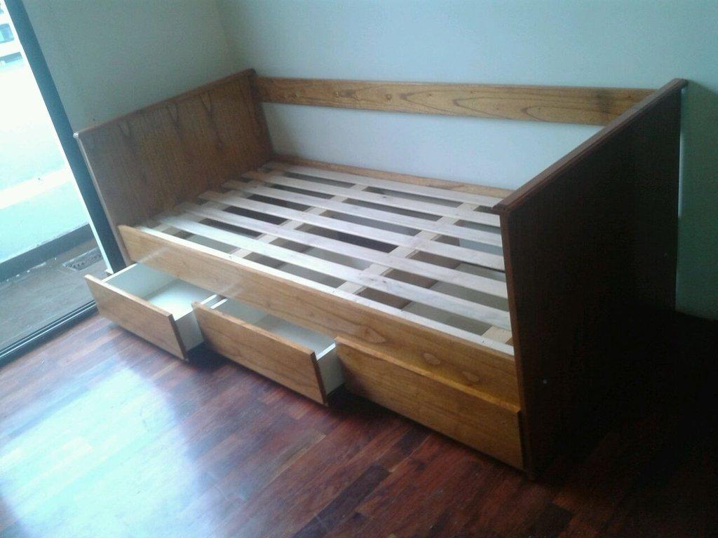 Div n cama con cajones comprar en viviendo a gusto for Cama divan con cajones