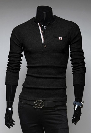 Sweater Moderno Slim Fit - Detalhe no Peito - Preto