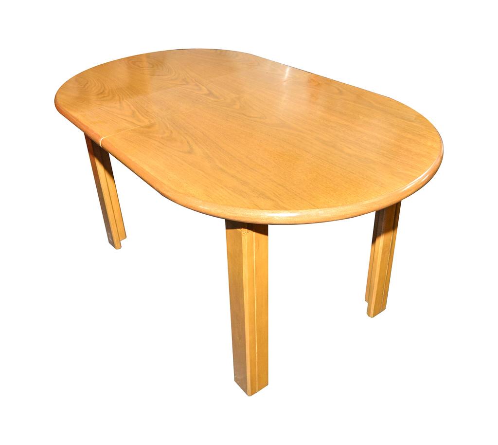 Mesa extensible y sillas en negro oferta de mesa for Mesas de comedor ofertas