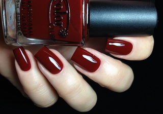 Color Club Brrr Red