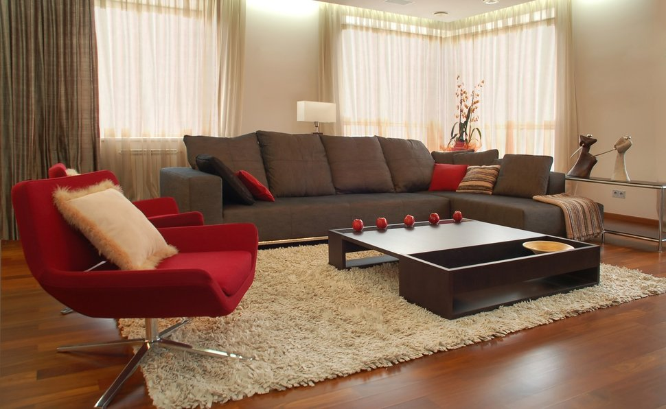 дизайн квартир с темной мебелью