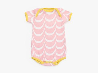 short sleeved bodysuit - pink waves