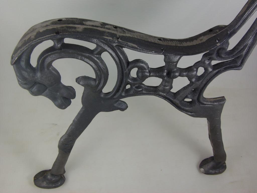 banco de jardim cavalo : banco de jardim cavalo:Home / BANCOS/JARDIM / Pé de Banco Cavalo em Ferro Unidade