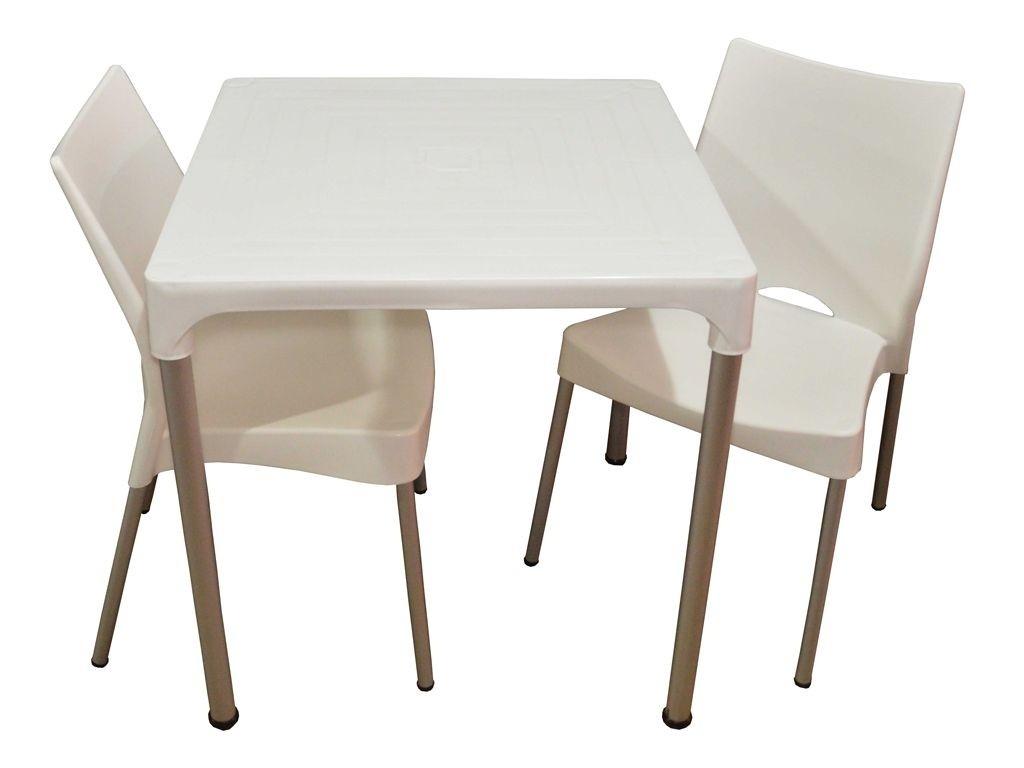 Combo mesa lupe 2 sillas malba para exterior con patas for Mesas de jardin de plastico