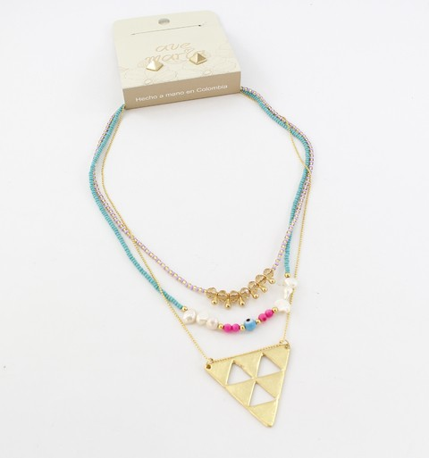 COLLAR TRIANGULO