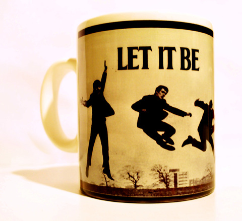 Let It Be Cup by AlmaZen de Objetos