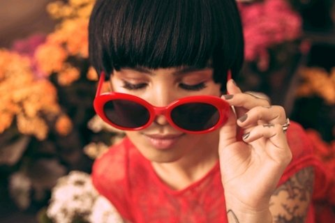 Oculos de sol oval retro vermelho - wonder sunglasses on internet