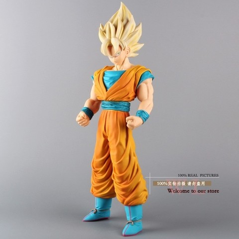 Boneco Dragon Ball Z Super Saiyan Goku 43 cm Altura - MD01