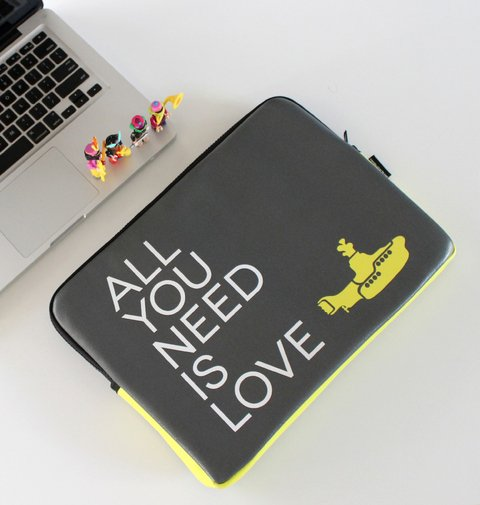 Funda NoteBook All You Need Is Love
