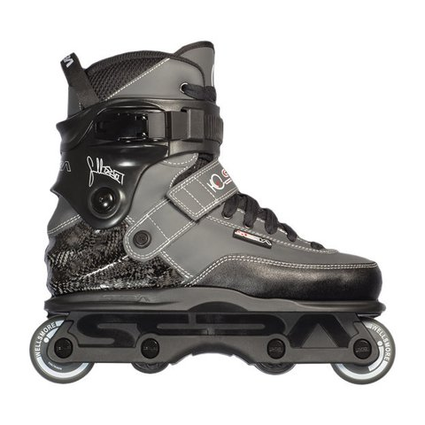 Patins CJ Wellsmore