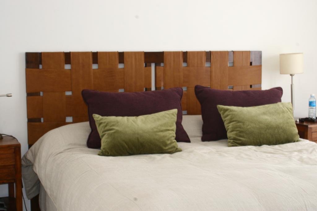 Respaldo cama cuero trenzado comprar en estudio v - Respaldo para cama ...