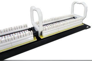 MPE-10 K - Patch Panel Cat5e 24p na internet