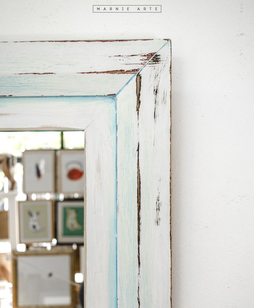 Espejo con marco vintage azul blanco for Espejo vintage plateado