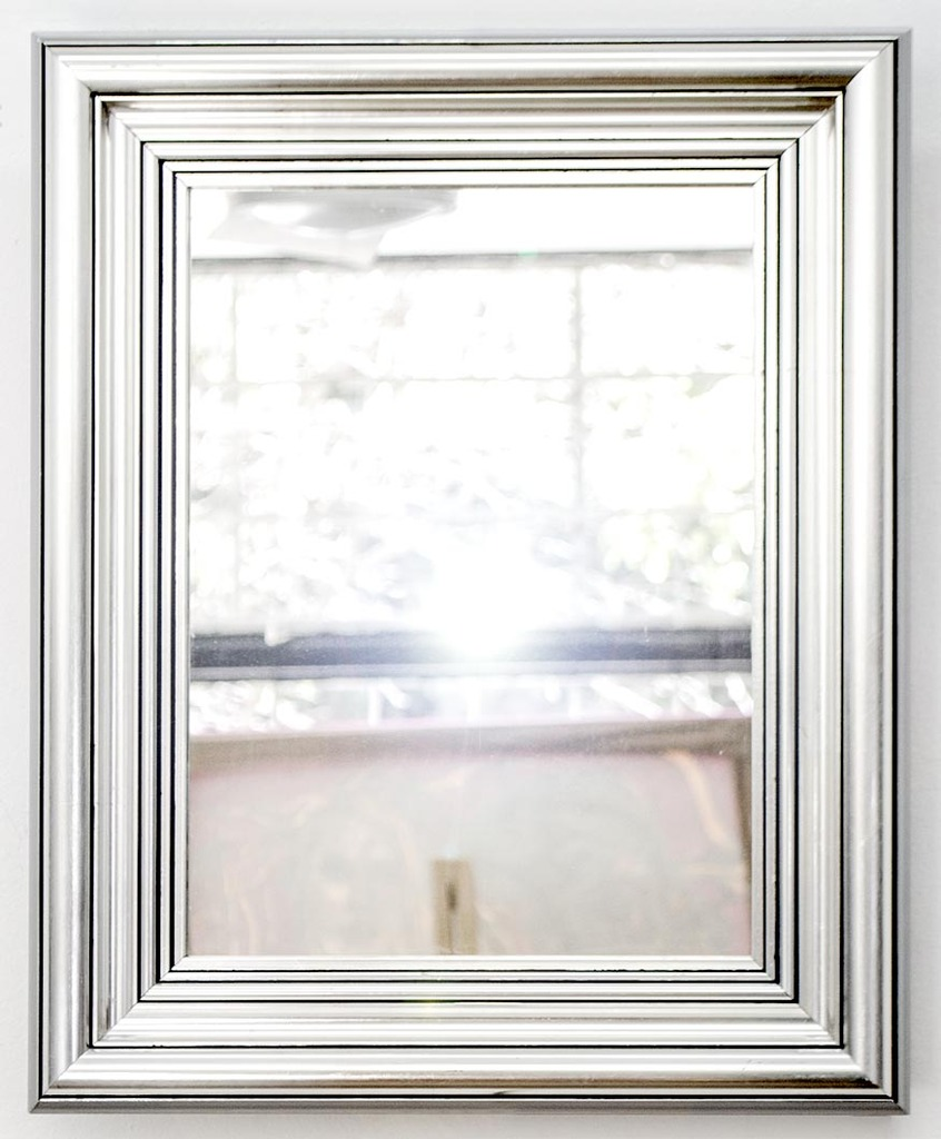 vendido espejo con marco plateado 37 x 45 cm