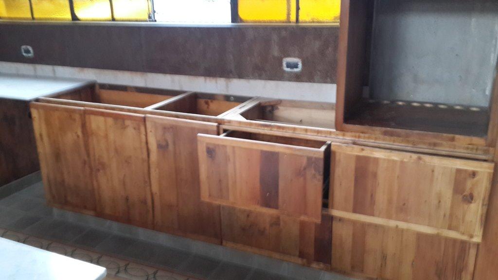 Mueble bajo mesada para cocina - Maderas para muebles de cocina ...