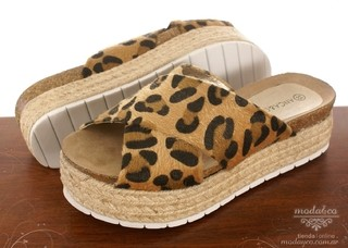 AN201 - Sandalia Anca & Co. Animal Print