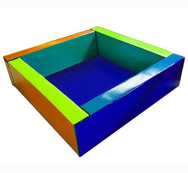 Piscina de pelotas mts gimnasios infantiles muebles for Piscina 50 metros sevilla