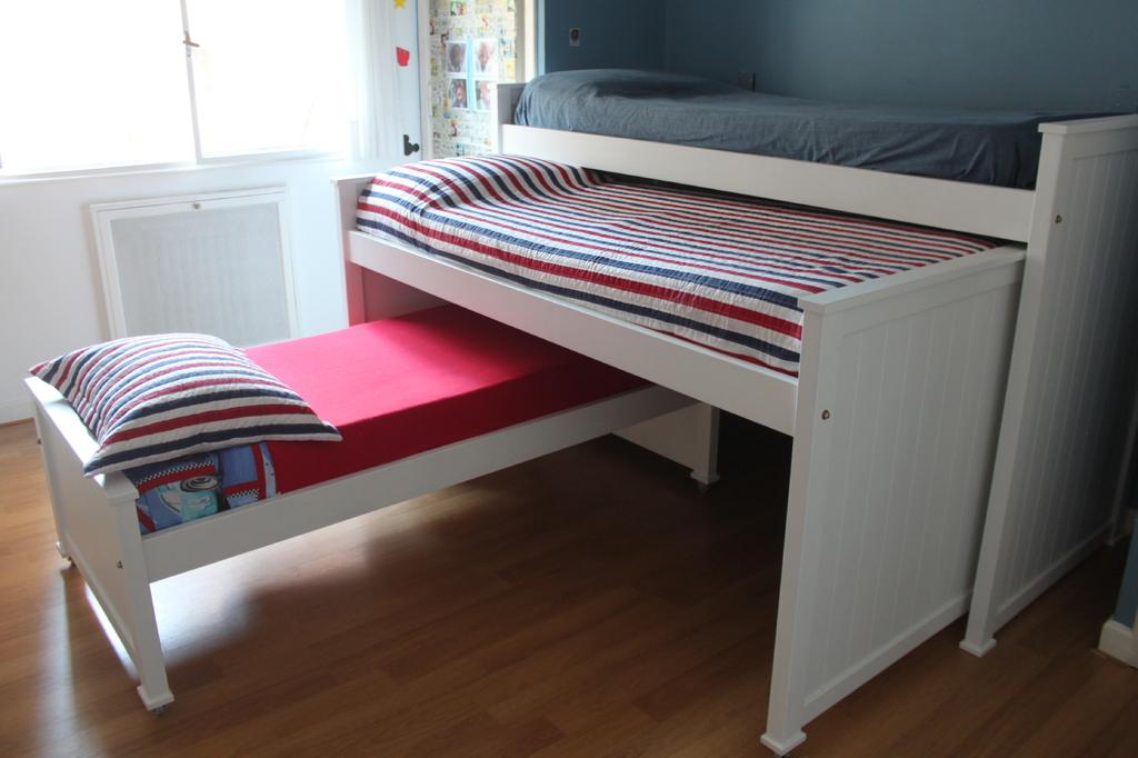 Cama nido triple naranja lima muebles para chicos for Camas nido triples precios