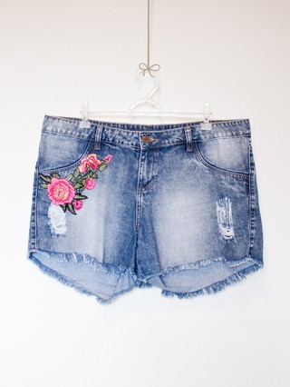 Shorts Jeans Bordado - Tam GG