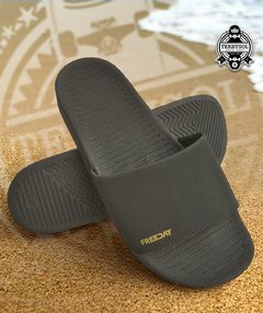 CHINELO SLIDE - FREEDAY PRETO