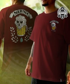 camiseta narina bordo estampa nas costas