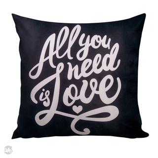 Almofada All you need is love - comprar online