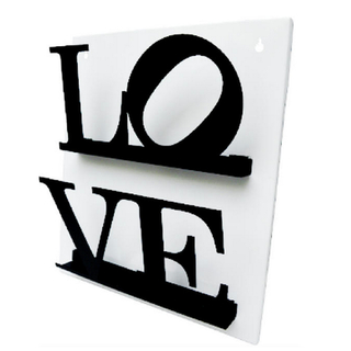 Revistero de Pared LOVE (Negro/Blanco)