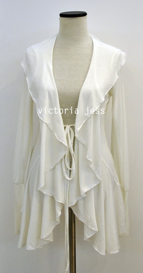 ART.1900 - CARDIGAN RUFFLE QUEEN