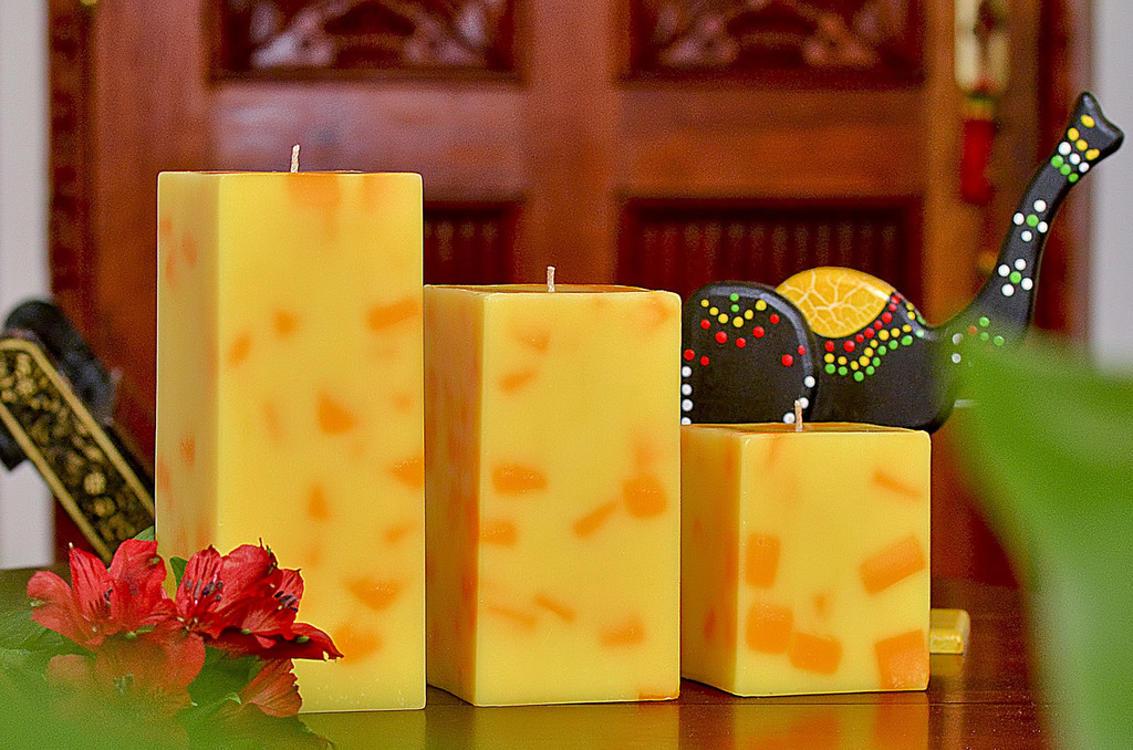 3 velas cuadradas amarillas amora velas decorativas - Velas decorativas ...