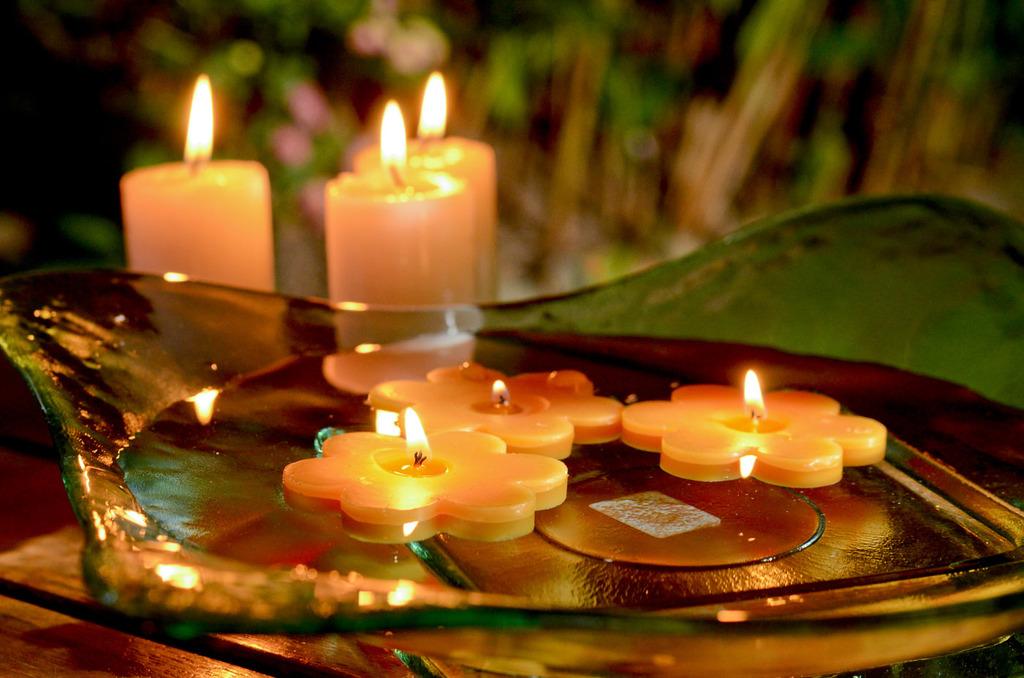 Velas decorativas flotantes velas flotantes flor mini x - Como hacer velas flotantes ...