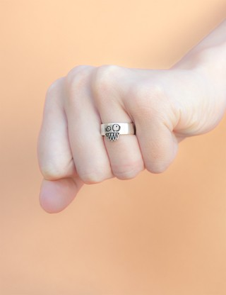 Olga Ring by Liniers on internet