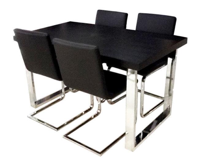 De comedor mesa 1,50x90   4 sillas modelo ameglia