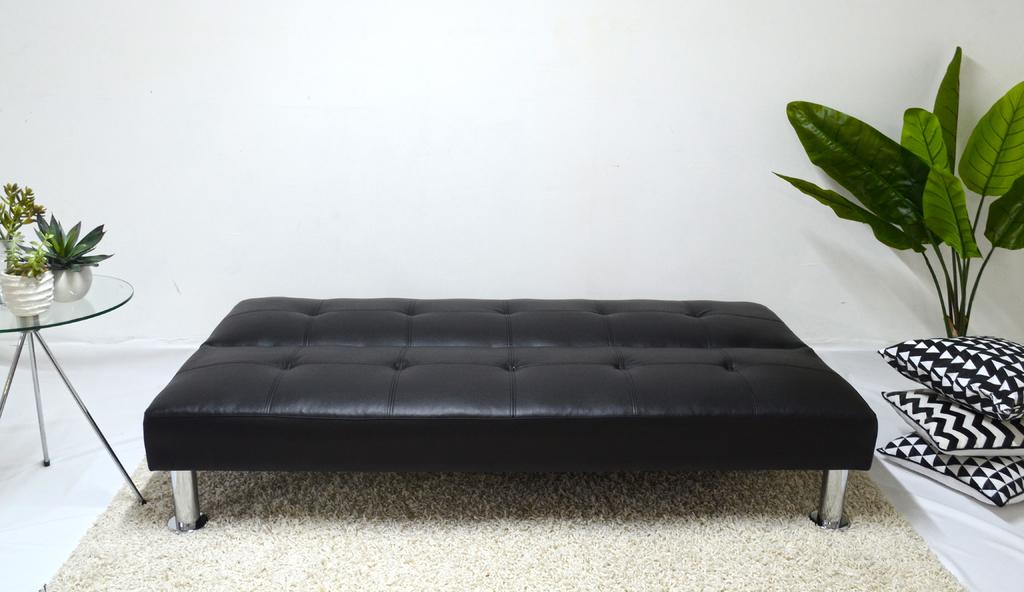 Futon negro modelo napa sofa de 3 cuerpos cama de 1 plaza for Futon 1 plaza precio