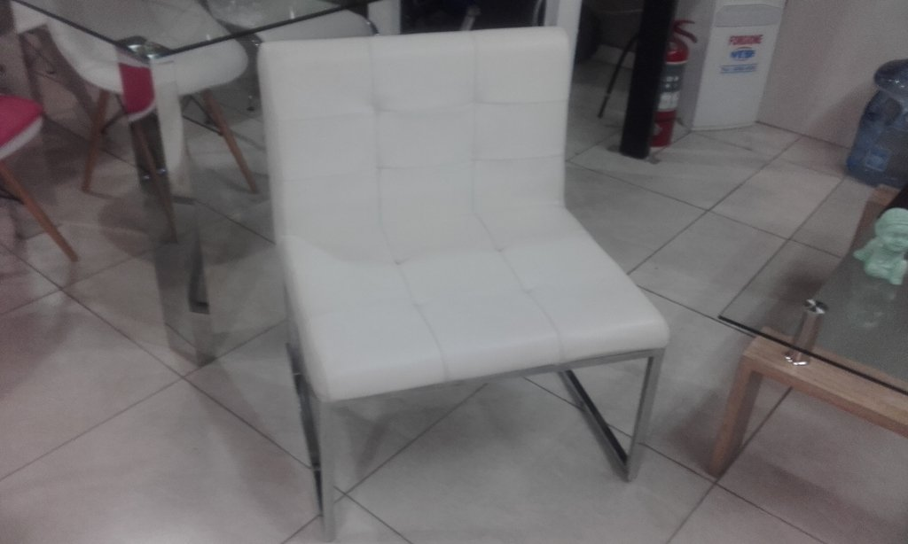Sillon Capitone Blanco 2da Seleccion Integral Deco