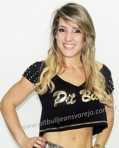 Top Cropped - Spikes nas Mangas