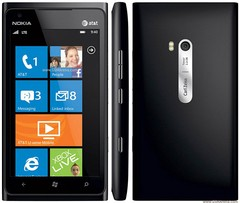 Nokia Lumia 900 Preto com Windows Phone, Câmera 8MP, Internet Explorer 9, 3G, Wi-Fi, Bluetooth, Pacote Office e Fone de Ouvido - infotecline
