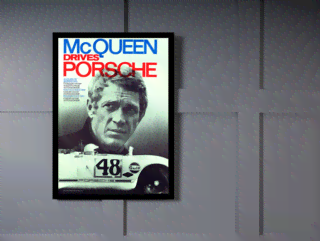Quadro Poster Carros McQueen Drives Porsche on internet