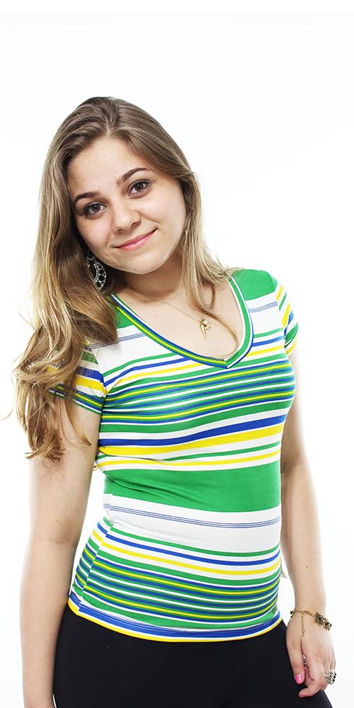 Blusa Brasil com decote V