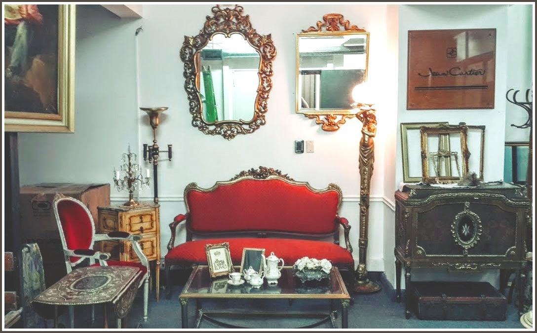Alquiler de muebles y percheros for Muebles de epoca