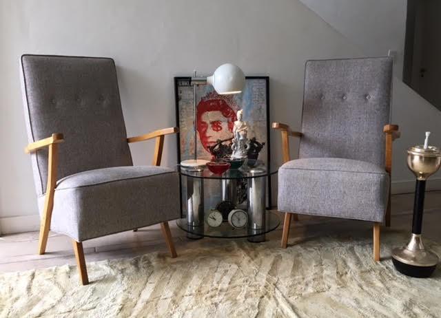 Sillones estilo detalle de imagen decuatro sillones for Sillones estilo escandinavo