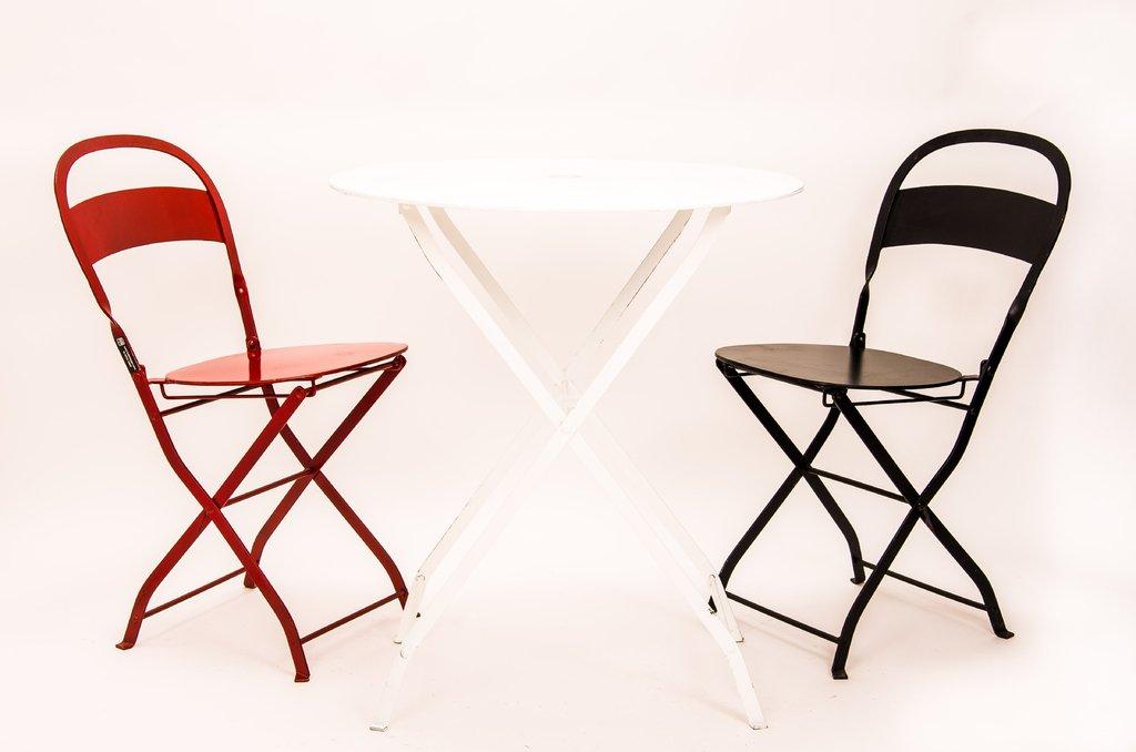 Juego de mesas y sillas plegables lo de raggio for Sillas y mesas plegables