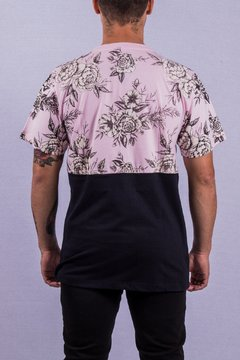 T SHIRT FLORAL ROSA/BLACK na internet