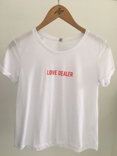 Remera LOVE DEALER en internet
