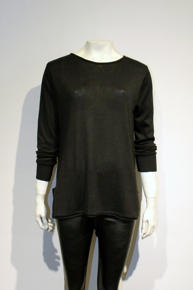 SWEATER HUGE - comprar online