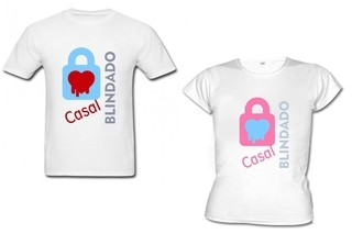 Camiseta Divertida Casal Blindado