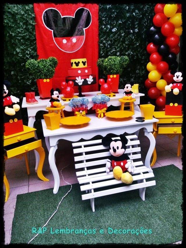 decora o mickey luxo 4 loca o. Black Bedroom Furniture Sets. Home Design Ideas